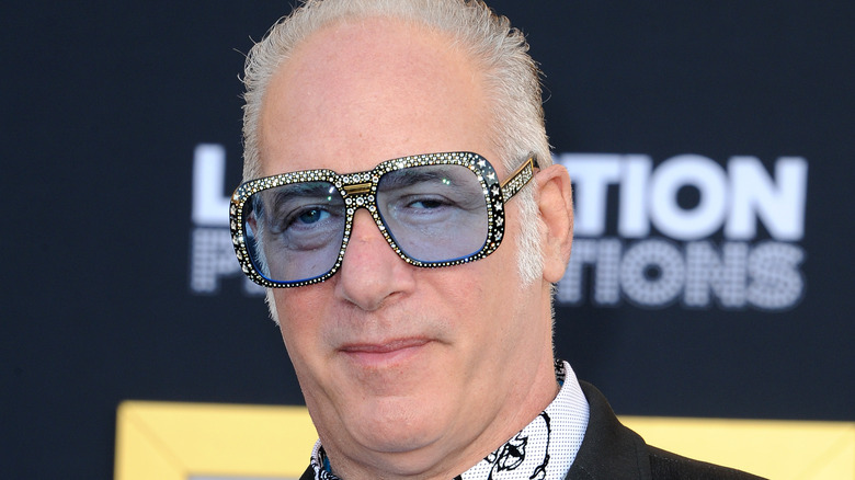 A close up of Andrew Dice Clay