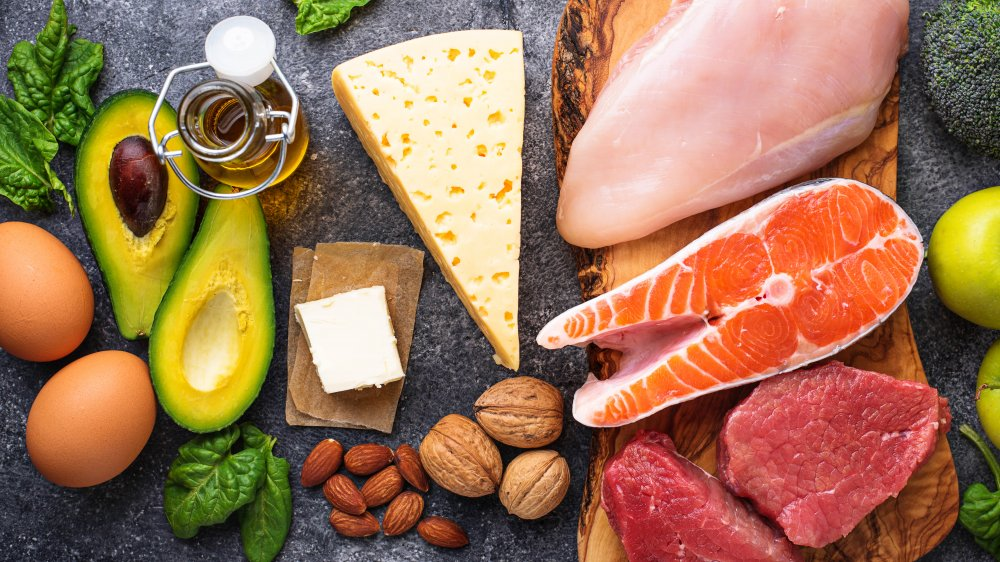 foods containing healthy and saturated fats
