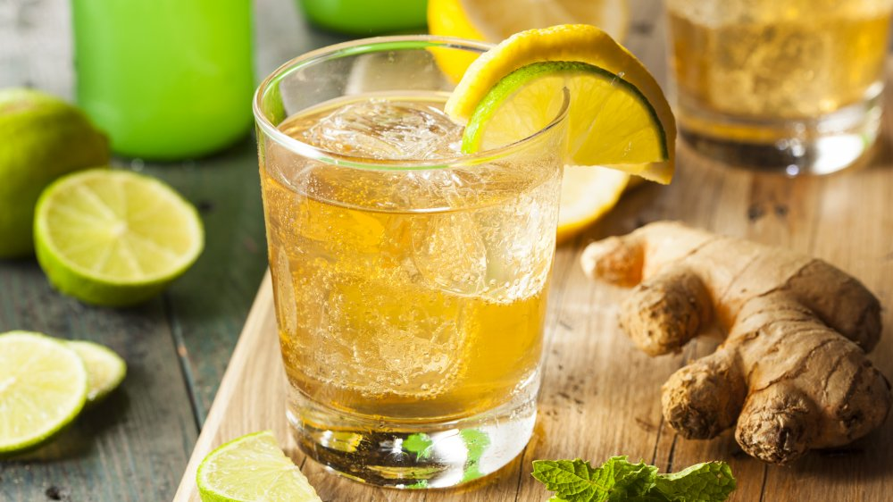 glass of ginger ale