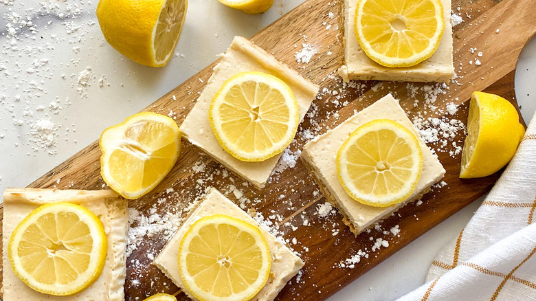 Healthy Lemon Bars Recipe With Rolled Oats on a plate