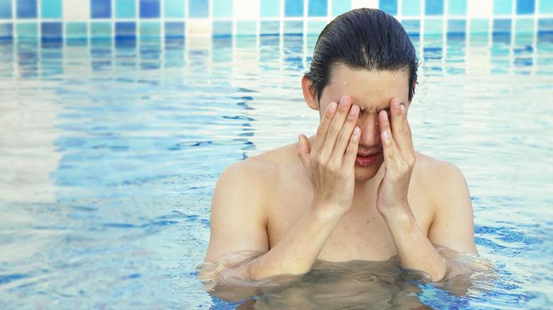 dizzy swimmer