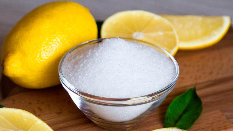 citric acid and lemon slices