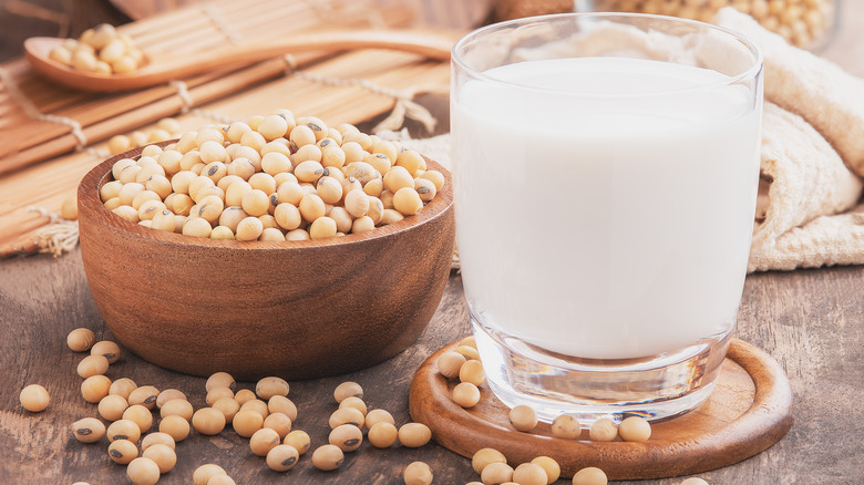 soy beans and soy milk