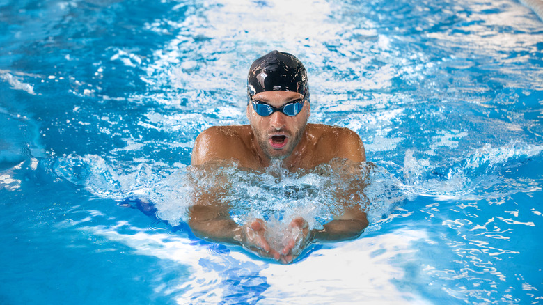 Male swimmer in the pool