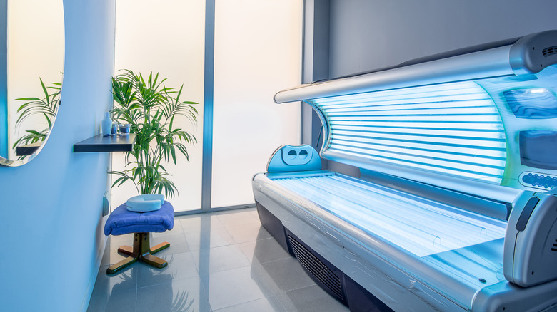 tanning bed in salon