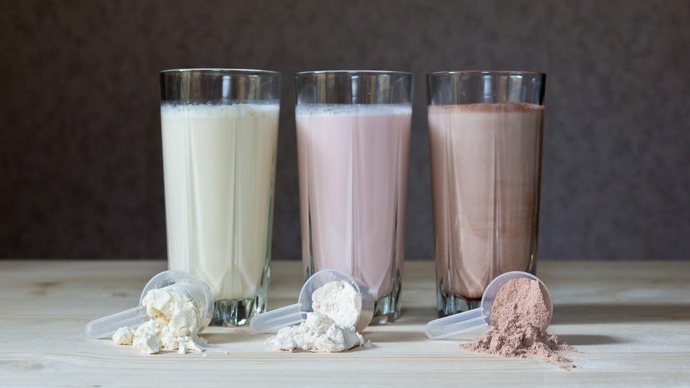 Vanilla protein shake and chocolate protein shake