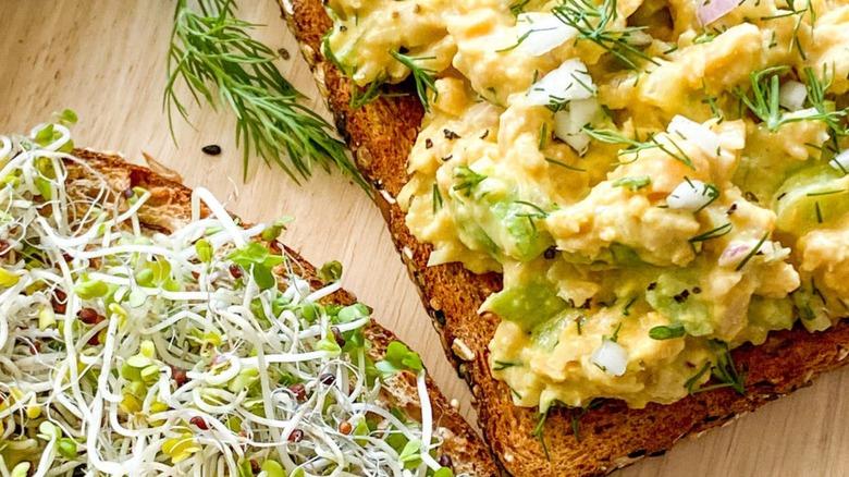 Vegan chickpea egg salad on bread