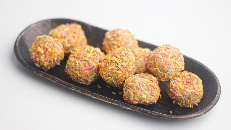 vegan protein cake balls