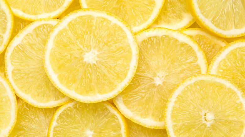 Lemons up close