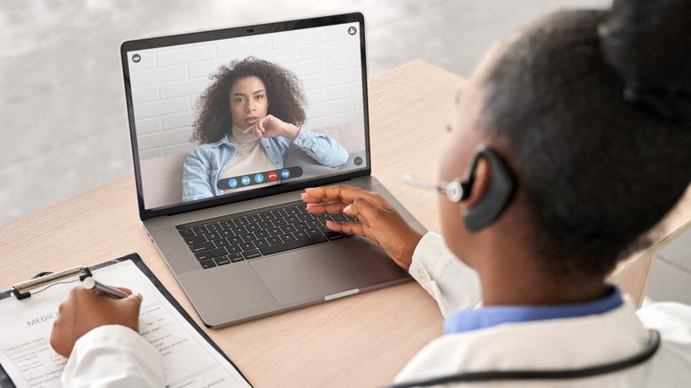 Telemedicine videocall session