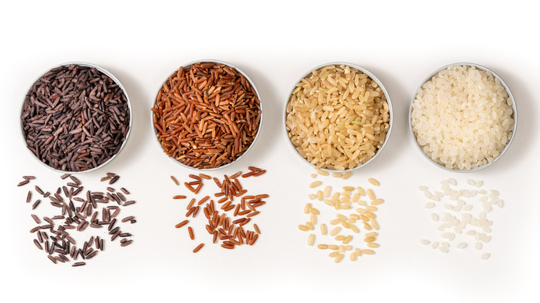 types of rice in bowls