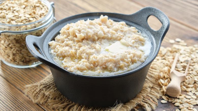 A pan of plain oatmeal