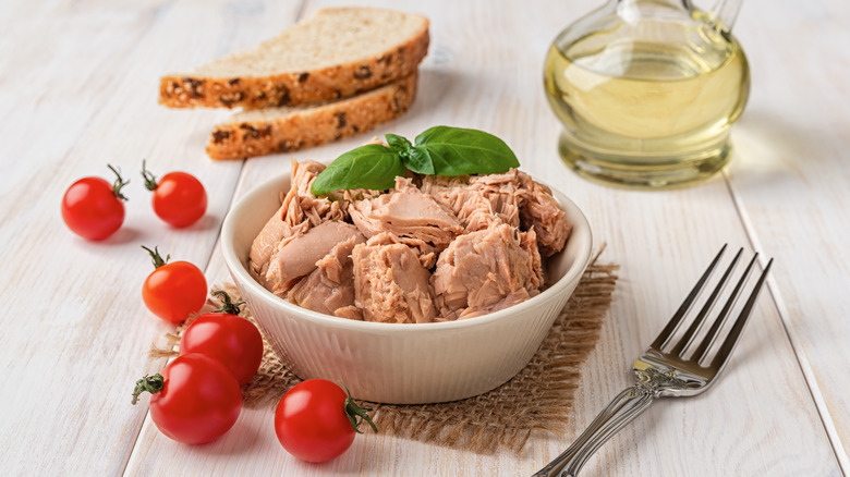 Canned tuna meat in a bowl