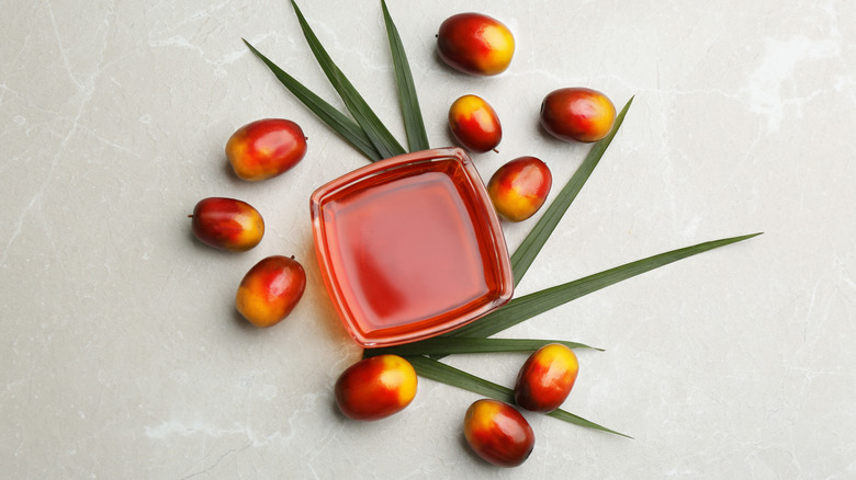 palm nuts and palm oil